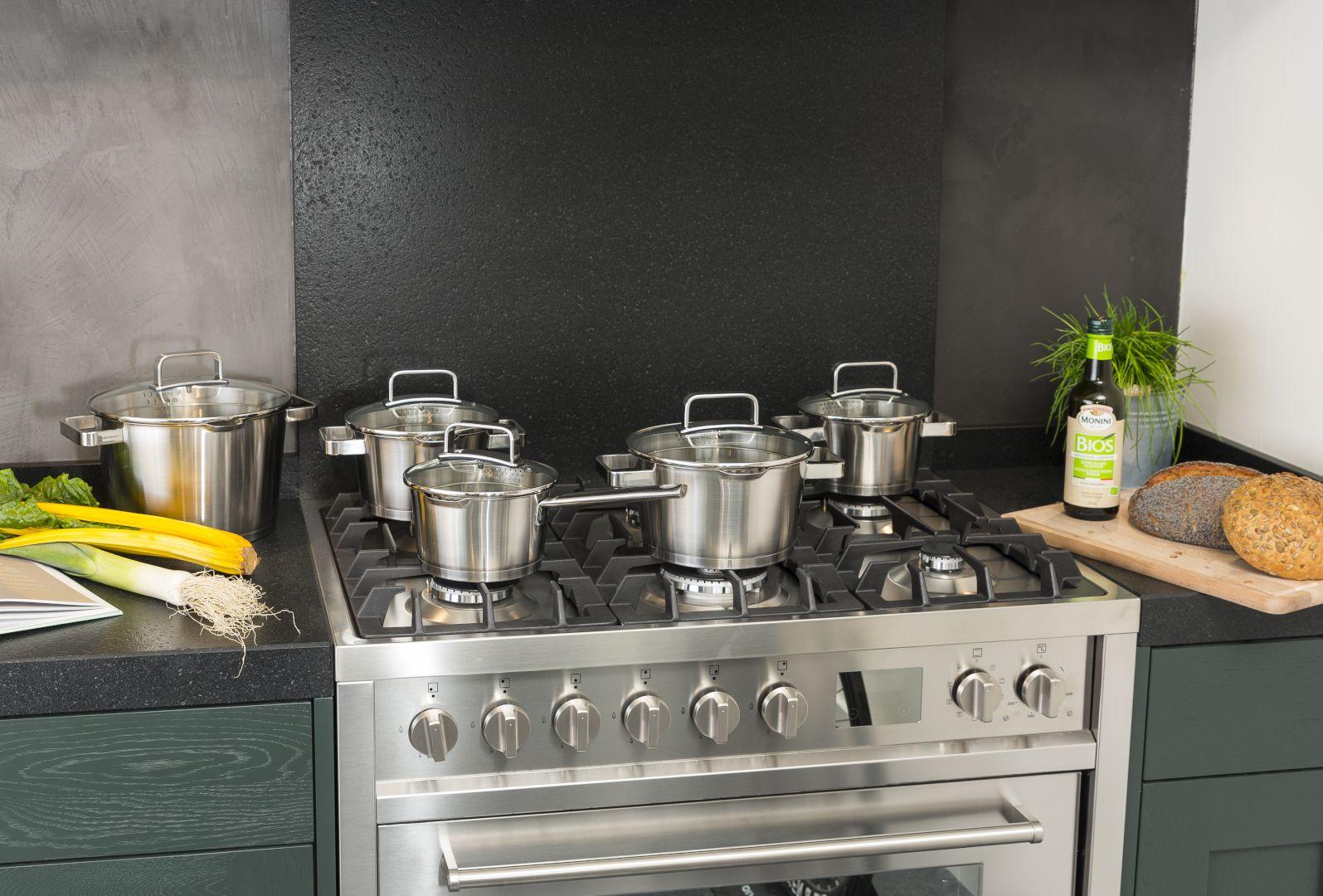 Eten opwarmen: Kan mijn pan in de magnetron?